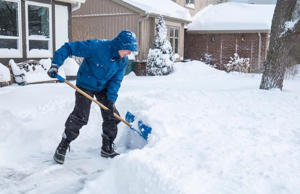 staying safe during shoveling